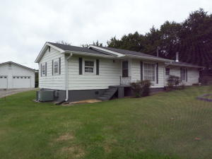 2530 W Highway 11-E W, Strawberry Plains, TN 37871