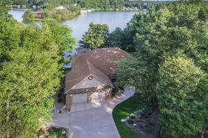 Beautifully Lakefront Home with Incredible Lake Views!