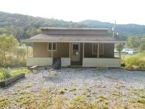 972 Tiprell Rd, Cumberland Gap, TN 37724