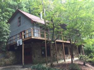 498 Poplar Creek Rd, Oliver Springs, TN 37840
