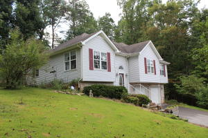 157 Mariners Drive, Crossville, TN 38558