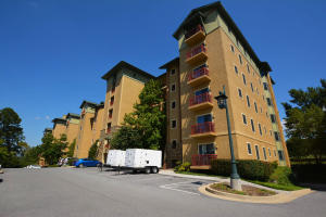 212 Dollywood Ln #236, Pigeon Forge, TN 37863