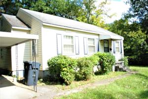 3302 Whittle Springs Rd, Knoxville, TN 37917