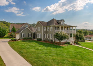 102 Montreat Ct in The Village of Arcadian Springs.