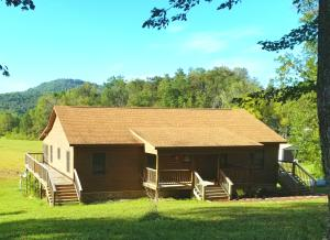 577 Red Cut Road Rd, Pioneer, TN 37847