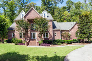 82 Hickory Tr, Norris, TN 37828