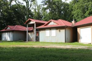 726 Disco Loop Rd, Friendsville, TN 37737