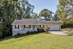 3304 Chantilly Drive, Knoxville, TN 37917