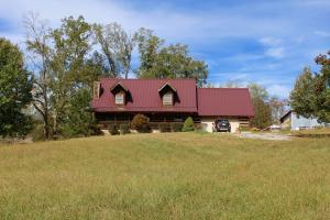 One-Owner Log Home on 5 Acres!