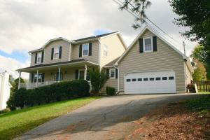 1221 Wilkinson Rd, Knoxville, TN 37923