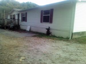 1959 Oak Grove Rd, Rocky Top, TN 37769