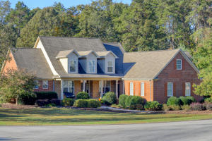 200 Red Grouse Drive, Lenoir City, TN 37772