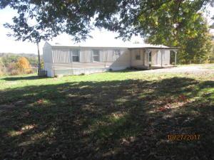 1081 Powell Ridge Rd, Speedwell, TN 37870