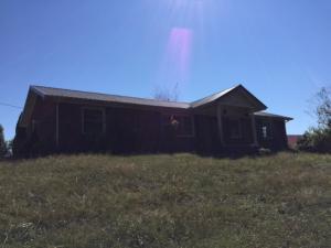 321 Memorial Lane, Jacksboro, TN 37757