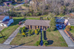 8713 Glen Echo Drive, Knoxville, TN 37923