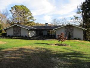 10036 El Pinar Drive, Knoxville, TN 37922