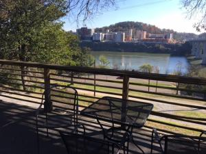 614 W Hill Ave, Apt 7, Knoxville, TN 37902