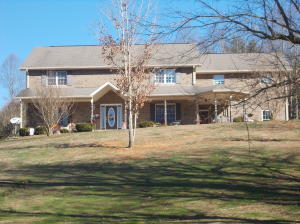 100 Crenshaw Way, Chuckey, TN 37641