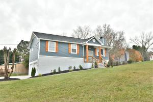 2441 Bishops Bridge Rd, Knoxville, TN 37922