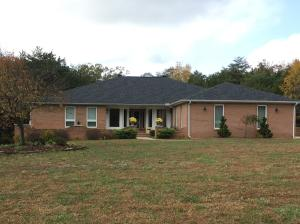2099 Ranch Rd, Dandridge, TN 37725