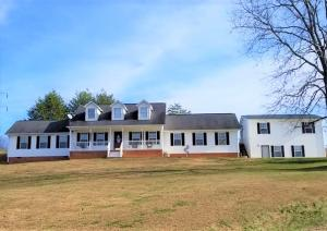 265 Stephens Rd, Rocky Top, TN 37769