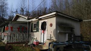 222 Stinking Creek Rd, Lafollette, TN 37729