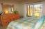 Good size guest bedroom