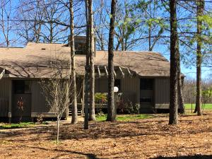 End unit that backs up to Druid Hills Golf Course