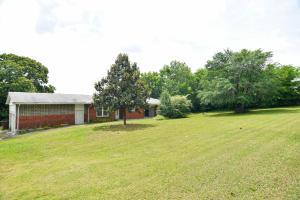 533 S Carter School Rd, Strawberry Plains, TN 37871