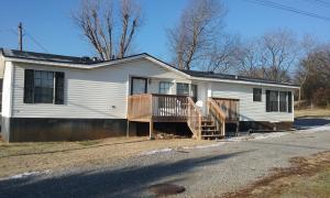 608 Church St, Loudon, TN 37774