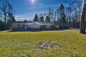 5312 E Sunset Rd, Knoxville, TN 37914