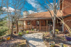 1826 Saddle Way, Sevierville, TN 37876