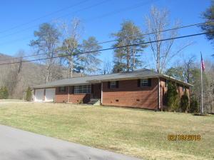 615 Sherwood Drive, Harriman, TN 37748