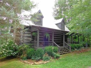 304 Settlers View Rd, Townsend, TN 37882