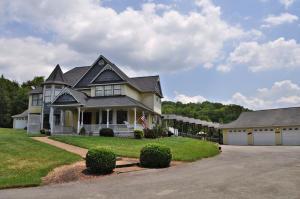 455 White Oak Drive, Seymour, TN 37865
