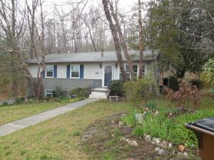 202 Hillside Rd, Oak Ridge, TN 37830