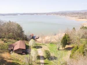 250 Cedar Heights Rd, Spring City, TN 37381