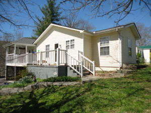 517 Duncan Ave, Rocky Top, TN 37769