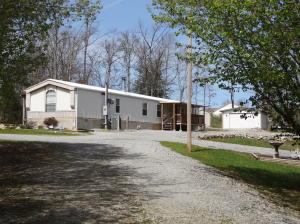 859 Woodlands Circle, Crossville, TN 38571