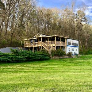2121 Kennedy Rd, Knoxville, TN 37914