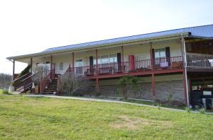 921 Tater Valley Rd, Luttrell, TN 37779