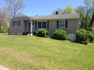 104 Alger Rd, Oak Ridge, TN 37830
