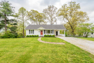 5717 Sanford Rd, Knoxville, TN 37912