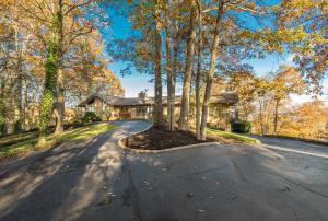 2250 Eagle Ridge Lane, Jefferson City, TN 37760