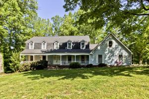 207 Thomason Lane, Oliver Springs, TN 37840