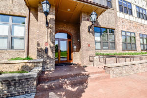 445 W Blount Ave, Apt 208, Knoxville, TN 37920