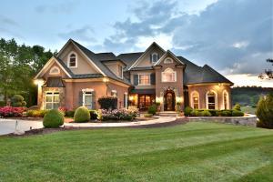3660 Jackson Pointe Drive, Louisville, TN 37777