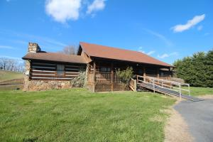 2111 New Era Rd, Sevierville, TN 37862