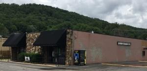 106 Creek St, Rocky Top, TN 37769
