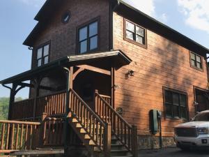 828 Resort Way, Gatlinburg, TN 37738